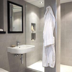 En-suite bathroom ideas to maximise your space