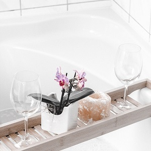 How to make a small bathroom look luxurious – 11 ideas to try