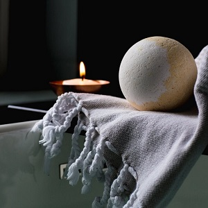 How to make a bath relaxing – Tips for improving a bathtub