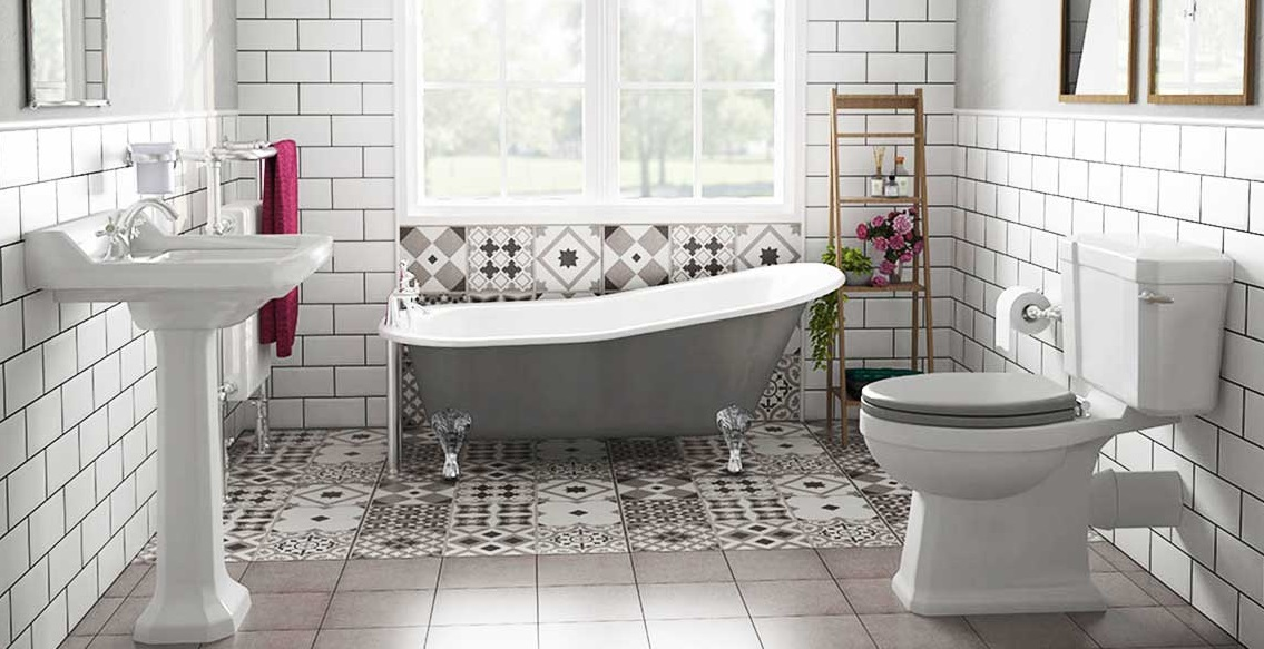Camden-Bathroom-Roll-Top-Bath-for-small-bathrooms