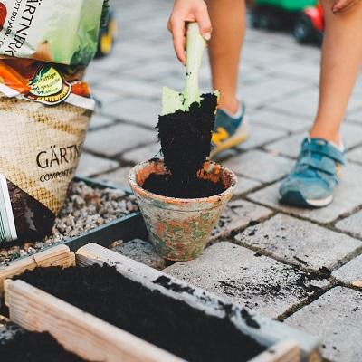 garden-patio-pots